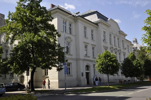 Výběrové řízení Přírodovědecké fakulty Ostravské univerzity